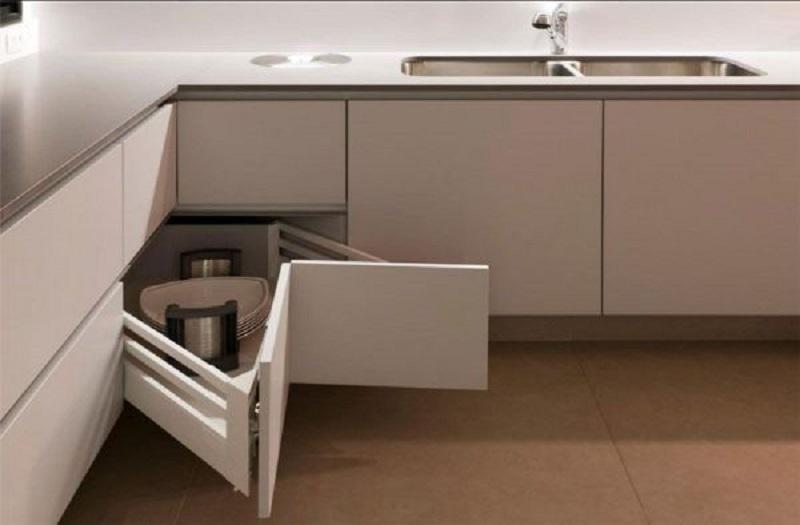 Armários para armazenar utensílios de cozinha
